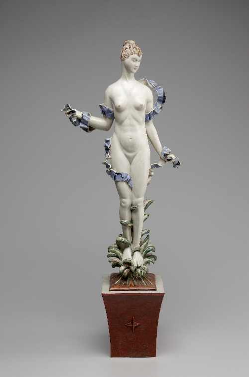 Daphne, Dagobert Peche, 1917, wood (lime), polychrome original, on original base, Salzburg Museum (purchased with the help of the Committee for Salzburg Art Treasures and the City of Salzburg), inv. no. 1124-89