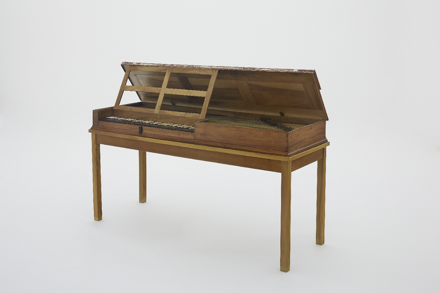 Clavichord owned by Baroness Maria Anna von Berchtold zu Sonnenburg, née Mozart, unknown instrument maker, Germany, late 18th c., wood, ivory, metal, inv. no. MI 1264