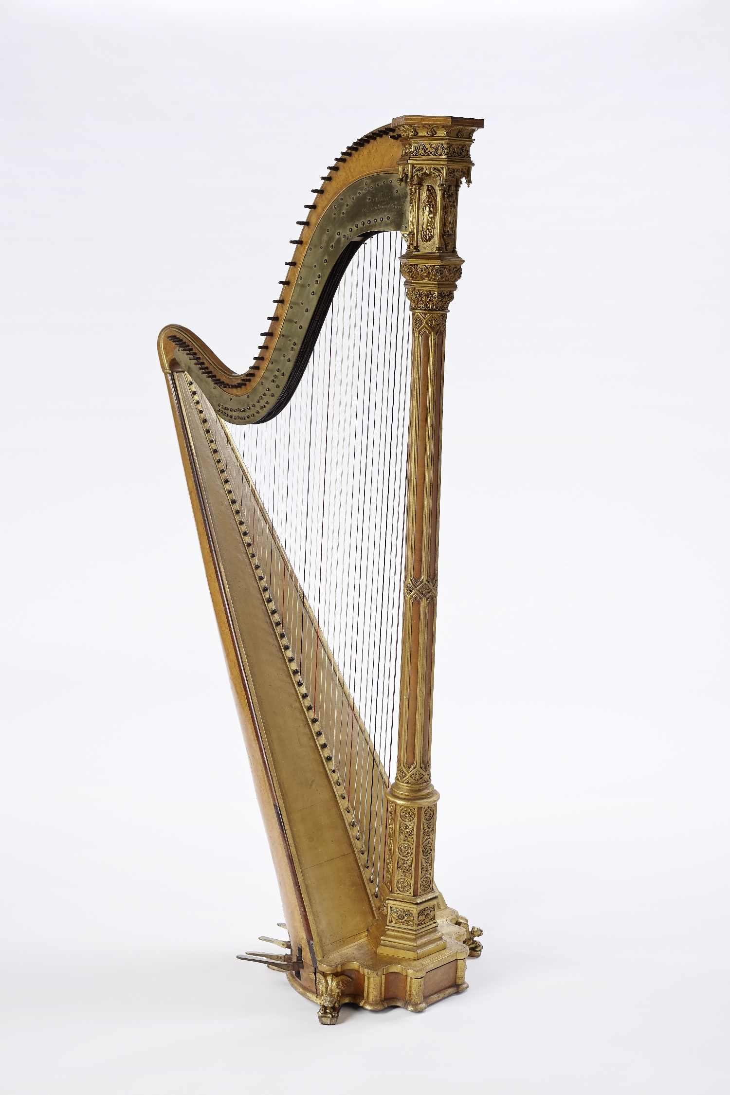 Double-action pedal harp owned by the harp virtuoso Maria Mösner, married Countess Spaur, Sébastien Érard, Paris, 2nd quarter 19th c., wood, metal, inv. no. MI 1314