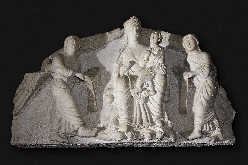 Tympanum with Enthroned Virgin Mary and Child, flanked by two angels with Banderoles, Adamo d'Arogno, ca. 1230, Untersberg marble, inv. no. 154-32